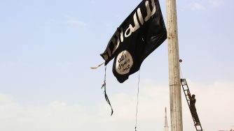Isis Flag (LaPresse)