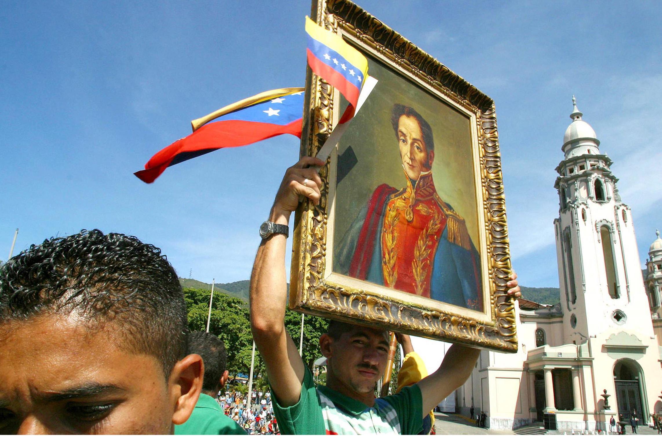 Manifestazioni nell'anniversario di Simon Bolivar (LaPresse)