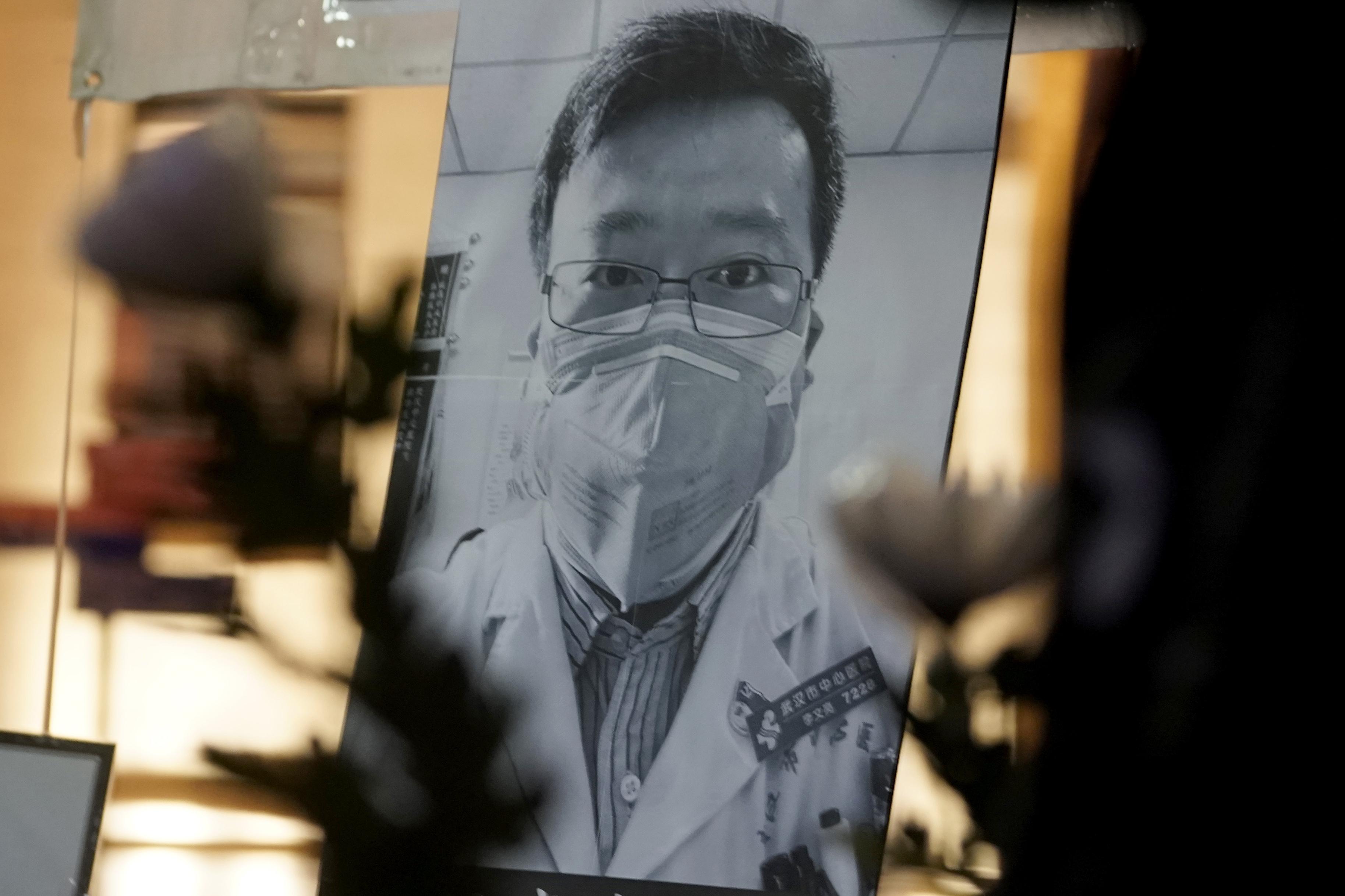 Li Wenliang fu tra i primi a lanciare l'allarme sul nuovo Coronavirus (LaPresse)