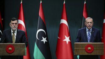 Fayez al Sarraj incontra Erdogan ad Ankara (La Presse)