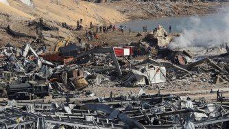 Beirut tra macerie e fumo: la capitale del Libano il giorno dopo l'esplosione