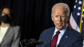 Joe Biden e Kamala Harris in conferenza stampa a Wilmington
