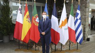 Emmanuel Macron in Corsica per il vertice con i leader del Mediterraneo (La Presse)