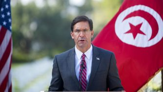 Mark Esper in Tunisia (La Presse)